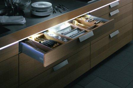 подсветка для кухни под шкафы светодиодная пример 2 фото