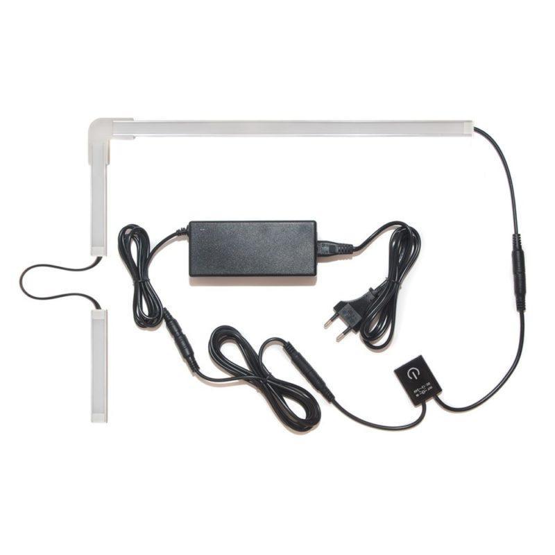 подсветка для угловой кухни с разрывом с выключателем «Взмах руки» лента Lux в профиле фото