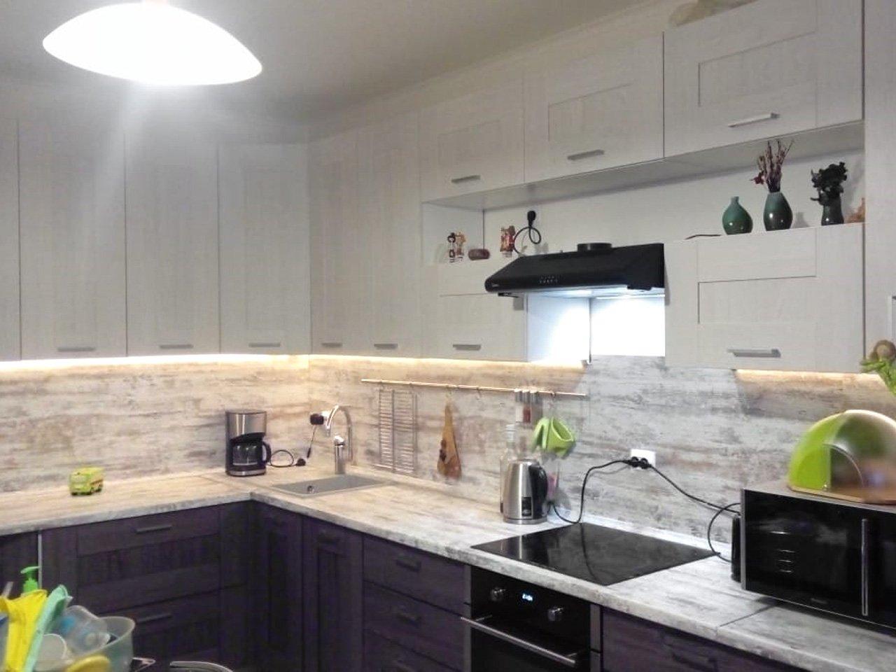 Подсветка угловой кухни с разрывом с сенсорным выключателем отзыв iqlux Алексей 16_01_20 фото