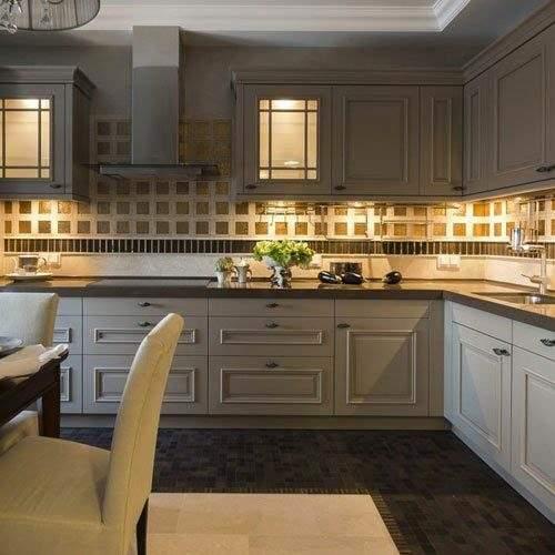 Подсветка для угловой кухни с разрывом