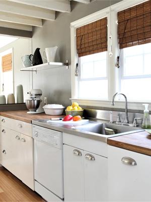 столешница для белой кухни какую выбрать — столешница из древесных плит фото