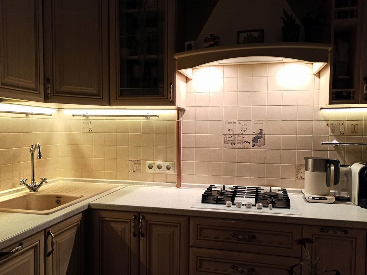 Отзыв Iqlux Виталий, Москва 12_08_20 - подсветка кухни фото