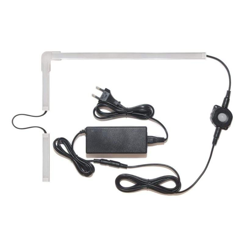 Подсветка для угловой кухни с разрывом с датчиком движения лента Premium в профиле фото