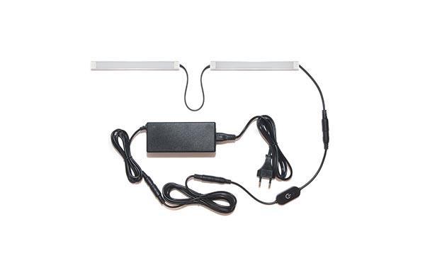 Подсветка для прямой кухни с разрывом с сенсорным выключателем: лента Lux в профиле