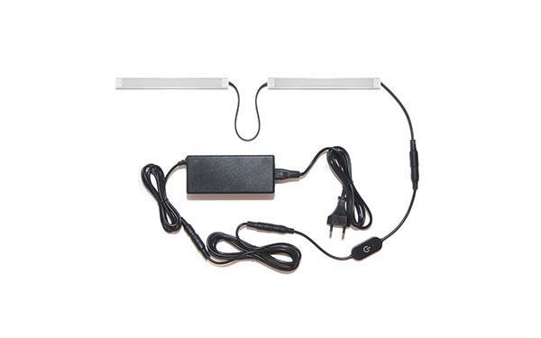 Подсветка для прямой кухни с разрывом с сенсорным выключателем: лента Premium в профиле
