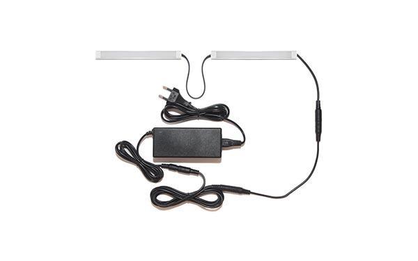 Подсветка для прямой кухни с разрывом с беспроводным выключателем: лента Premium в профиле