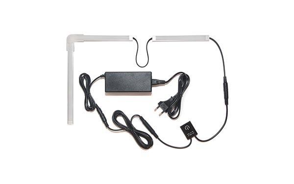 Подсветка для угловой кухни с разрывом с выключателем «Взмах руки»: лента Lux в профиле