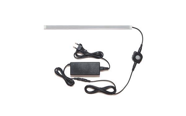 Универсальная подсветка с датчиком движения: лента Lux в профиле