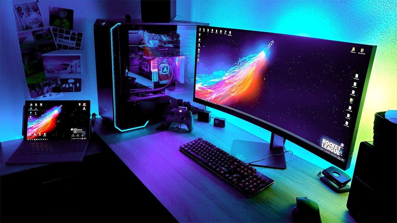 подсветка компьютерного стола в комнате геймера фото